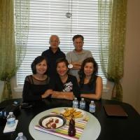 Đà-Hùng đứng, Hạnh (bạn Mai), Mai, Đào (ngồi)