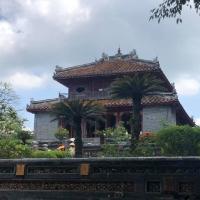 Thăm lăng Minh Mạng